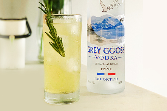 Afternoon Spritz Vodka Cocktail Recipe | Grey Goose House Pour