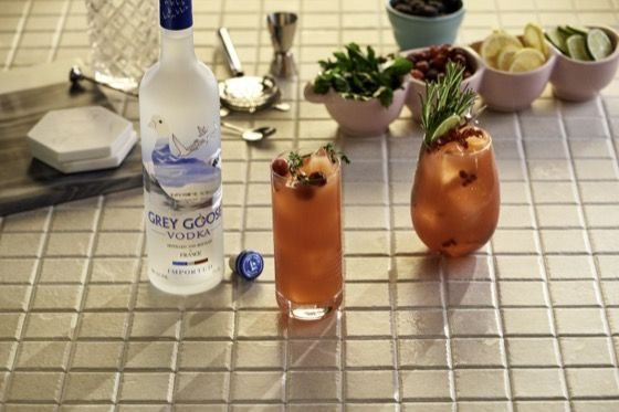 Six Second Cocktails - Sea Breeze | Grey Goose Vodka